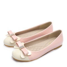 Women's Patent Leather Flat Heel Flats Closed Toe With Rhinestone Bowknot shoes (086163219)