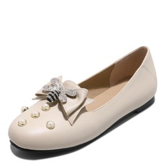 Women's Leatherette Flat Heel Flats Closed Toe With Bowknot Imitation Pearl shoes