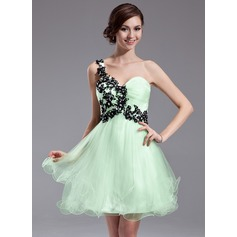 A-Line/Princess One-Shoulder Short/Mini Tulle Homecoming Dress With Ruffle Beading Appliques Lace Sequins