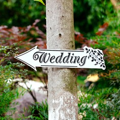 Attractive Classic Wooden Wedding Sign