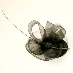 Ladies' Beautiful Feather/Net Yarn/Velvet Fascinators
