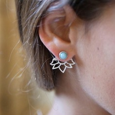 Brillant Alliage Dames Boucles d'oreille de mode