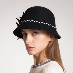 Fashion Wool With Flower Beret Hat