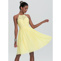 A-Line Scoop Neck Knee-Length Chiffon Homecoming Dress (300244083)