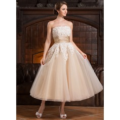 A-Line/Princess Strapless Tea-Length Tulle Wedding Dress With Beading Appliques Lace Sequins