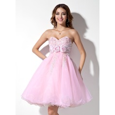 Empire Sweetheart Knee-Length Organza Homecoming Dress With Ruffle Lace Beading Flower(s)
