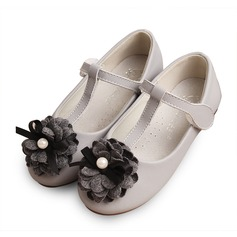 Girl's Real Leather Flat Heel Round Toe Closed Toe Flats With Bowknot Imitation Pearl Velcro Flower