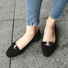 Women's Suede Flat Heel Flats Closed Toe With Bowknot shoes (086134593)