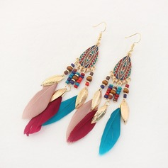 Gorgeous Alloy Feather Ladies' Fashion Earrings