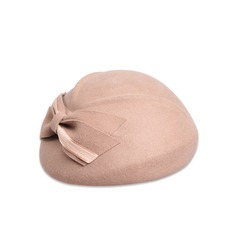 Ladies' Beautiful Wool With Bowknot Beret Hats