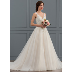 Ball-Gown V-neck Court Train Tulle Wedding Dress (002127247)