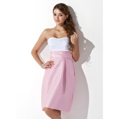 Sheath/Column Sweetheart Knee-Length Taffeta Bridesmaid Dress With Ruffle