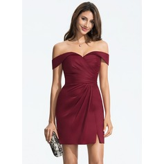 Sheath/Column Off-the-Shoulder Short/Mini Satin Homecoming Dress With Ruffle Split Front