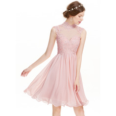 A-Linie/Princess-Linie High Neck Knielang Chiffon Cocktailkleid mit Perlstickerei