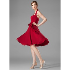 A-Line/Princess Halter Knee-Length Chiffon Bridesmaid Dress With Ruffle Bow(s)