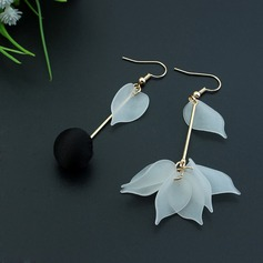 Chic Copper With Imitation Pearl Ladies' Fashion Earrings
