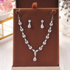 Unique Rhinestones Women's Jewelry Sets (Set of 3) (137151904)
