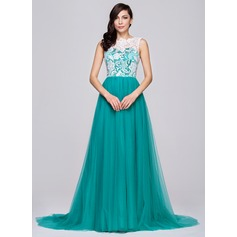 A-Line/Princess Scoop Neck Court Train Tulle Lace Prom Dress