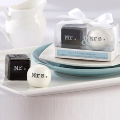 """Mr. & Mrs"" Keramik Salt & Peber Shakers"