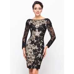 Sheath/Column Scoop Neck Knee-Length Lace Cocktail Dress