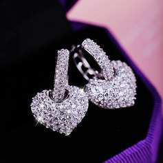 Beautiful Zircon Ladies' Fashion Earrings (137116521)