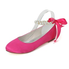 Women's Satin Flat Heel Closed Toe Flats With Imitation Pearl