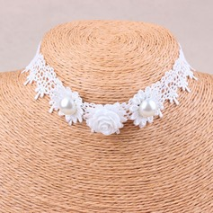 Nice Imitation Pearls Lace With Imitation Pearl Lace Ladies' Fashion Necklace