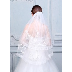 Two-tier Cut Edge/Lace Applique Edge Fingertip Bridal Veils With Applique