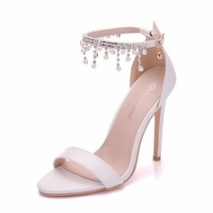 Women's Leatherette Spool Heel Peep Toe Pumps With Chain