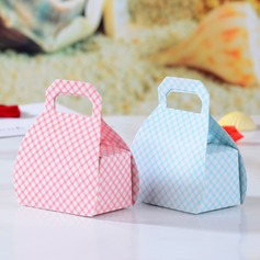 Lovely Handbag shaped Favor Boxes