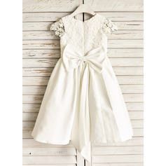 A-Line/Princess Knee-length Flower Girl Dress - Cotton Sleeveless Scoop Neck With Lace/Bow(s)