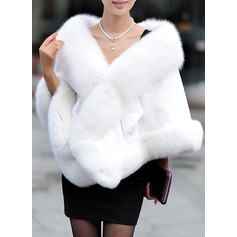 Faux Fur Mode Wrap (013147287)