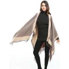 Plaid Oversized/fashion/simple Artificial Wool Poncho