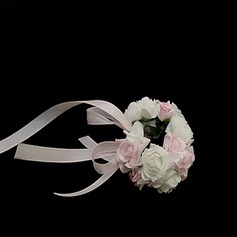 Simple Round Paper Wrist Corsage -