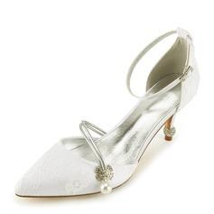 Женщины Кружева кожа Каблук Закрытый мыс На каблуках Сандалии с Каблуки с кристаллами жемчуг