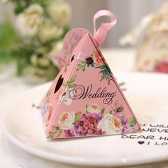 Pyramid Card Paper Favor Boxes With Ribbons  (050154089)