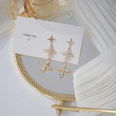 Elegant Alloy/Rhinestones Earrings