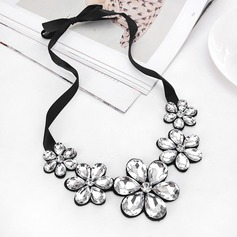 Beautiful Acrylic Ladies' Fashion Necklace