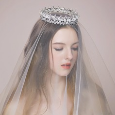 Elegant/Charming Alloy/Imitation Pearls Tiaras