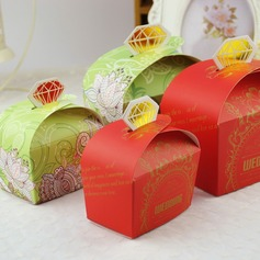 Diamond Design Favor Boxes