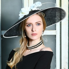 Ladies' Fashion/Eye-catching/Romantic Cambric With Feather Beret Hat