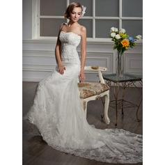 Trumpet/Mermaid Sweetheart Cathedral Train Tulle Wedding Dress With Beading Appliques Lace