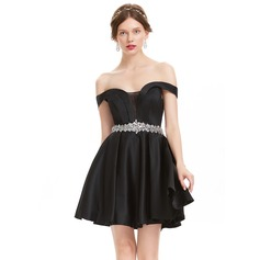 A-Line/Princess Off-the-Shoulder Short/Mini Satin Homecoming Dress With Beading