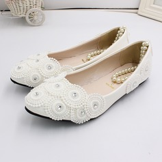Women's Leatherette Flat Heel Closed Toe With Applique Pearl