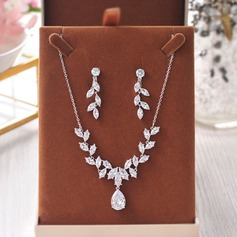 Unique Rhinestones Women's Jewelry Sets (Set of 3) (137151902)