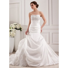 Trumpet/Mermaid Strapless Cathedral Train Taffeta Lace Wedding Dress With Beading