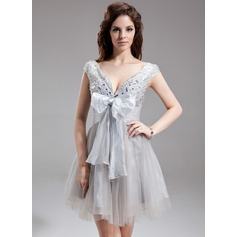 Empire V-neck Short/Mini Organza Tulle Homecoming Dress With Ruffle Beading Bow(s)