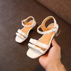 Jentas Titte Tå Leather flat Heel Sandaler Flate sko Flower Girl Shoes med Bowknot