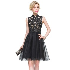A-Line/Princess High Neck Knee-Length Tulle Lace Cocktail Dress