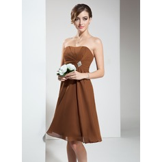 Empire Strapless Knee-Length Chiffon Bridesmaid Dress With Ruffle Crystal Brooch
